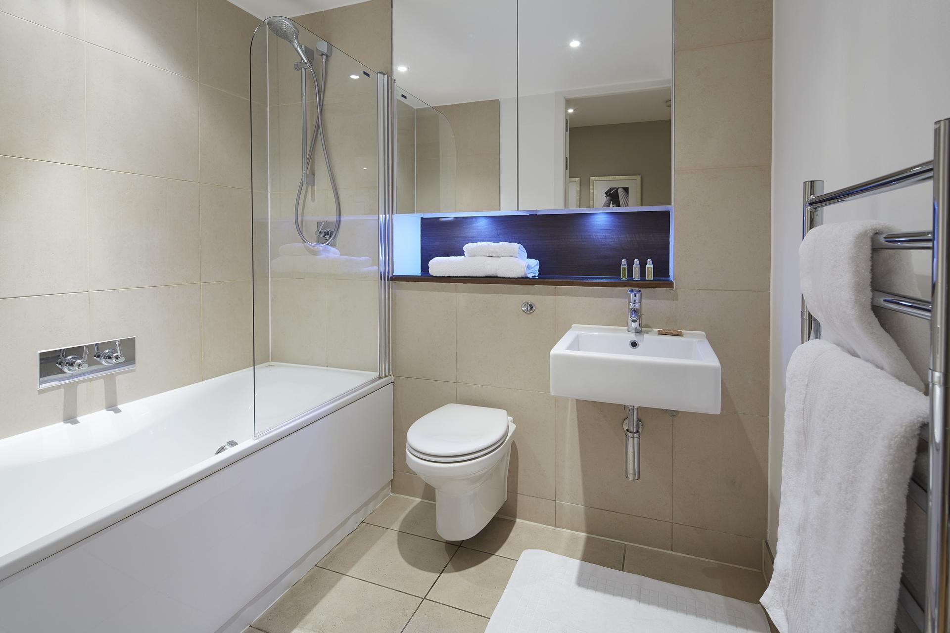 Bath at Empire Square Apartments, London Bridge, London