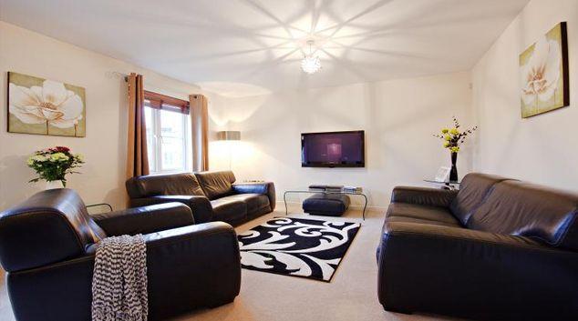 Living area at Travelyen Court Apartment