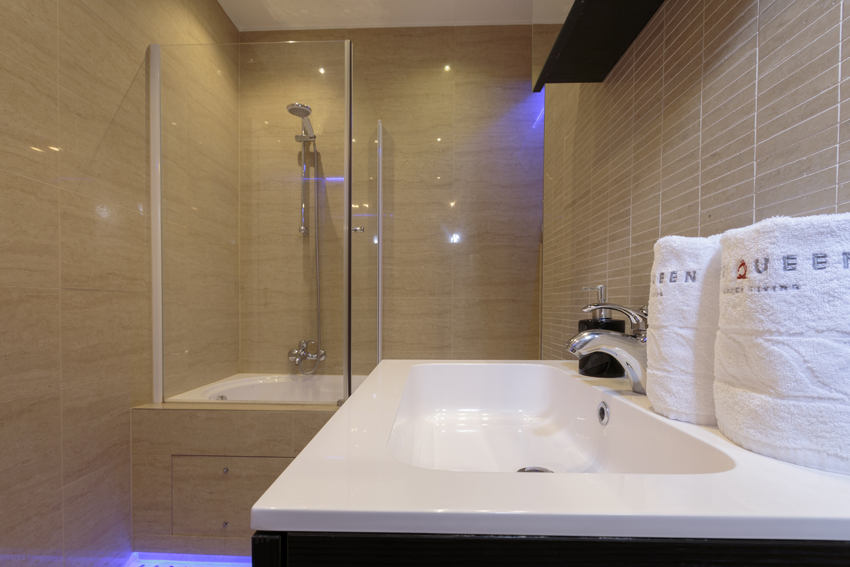 Shower at Villa Medici Apartments