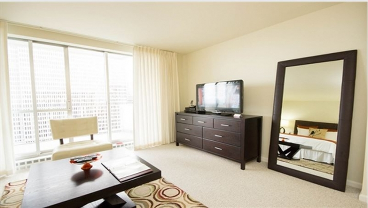 Living area at Gateway Apartment