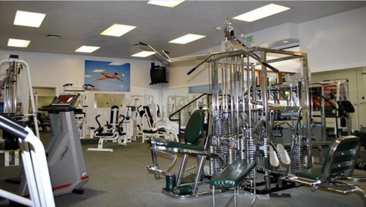 Gym at Oak Creek Apartments
