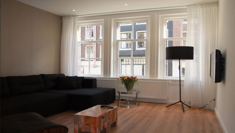 Comfortable living area at Center Area Apartments, Amsterdam - Cityden