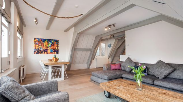 Living room at Canal Apartments, Amsterdam - Cityden