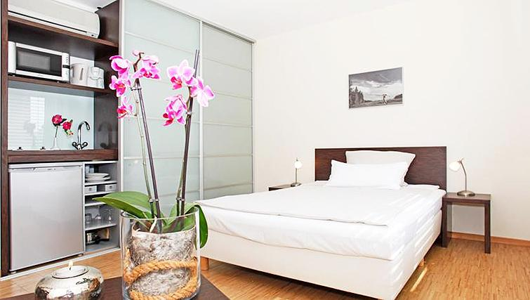 Bedroom at Paragon Apartments