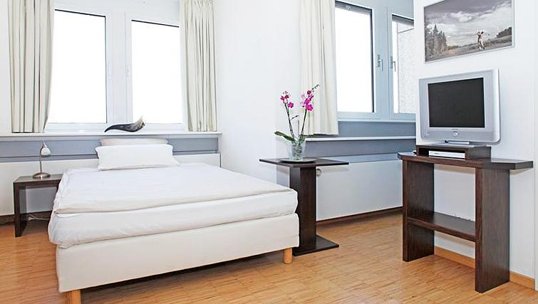 Modern bedroom at Paragon Apartments