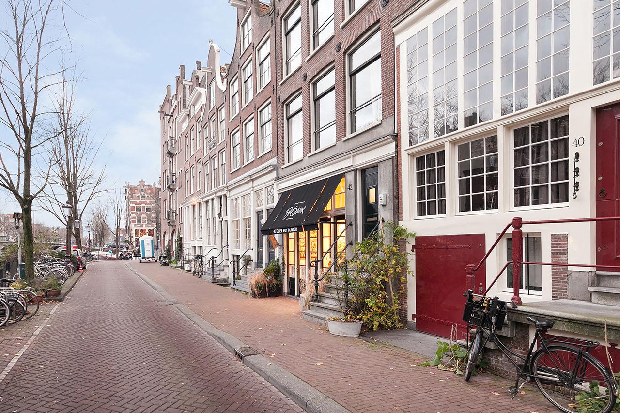 Street veiw at Le Petit Prince III Apartment, Amsterdam