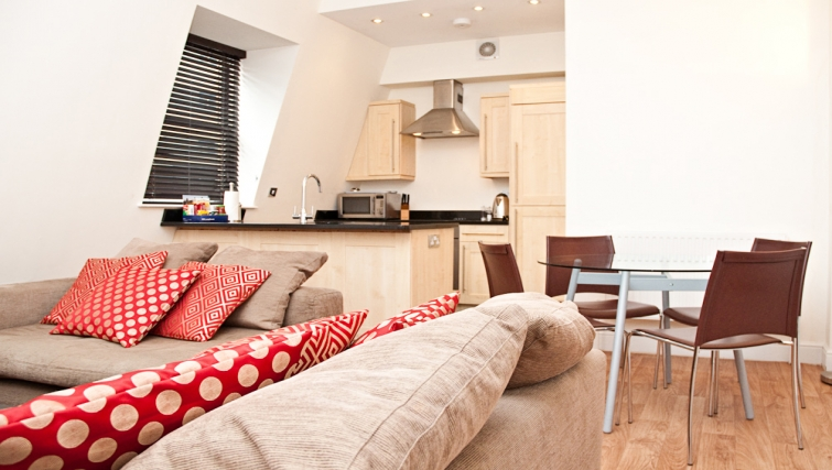 Open plan living area at Clarendon 140 Minories