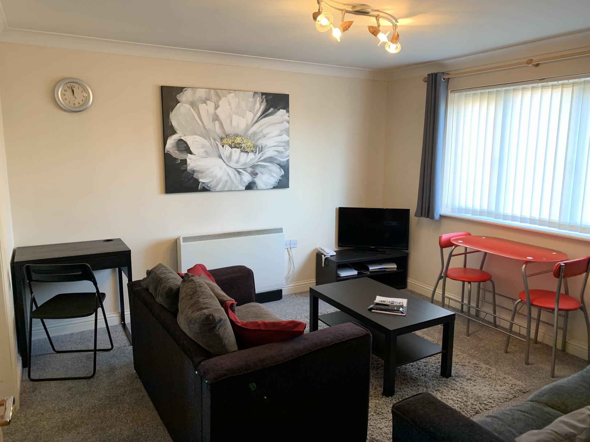 Cosy bedroom in Peterhouse Close Apartments