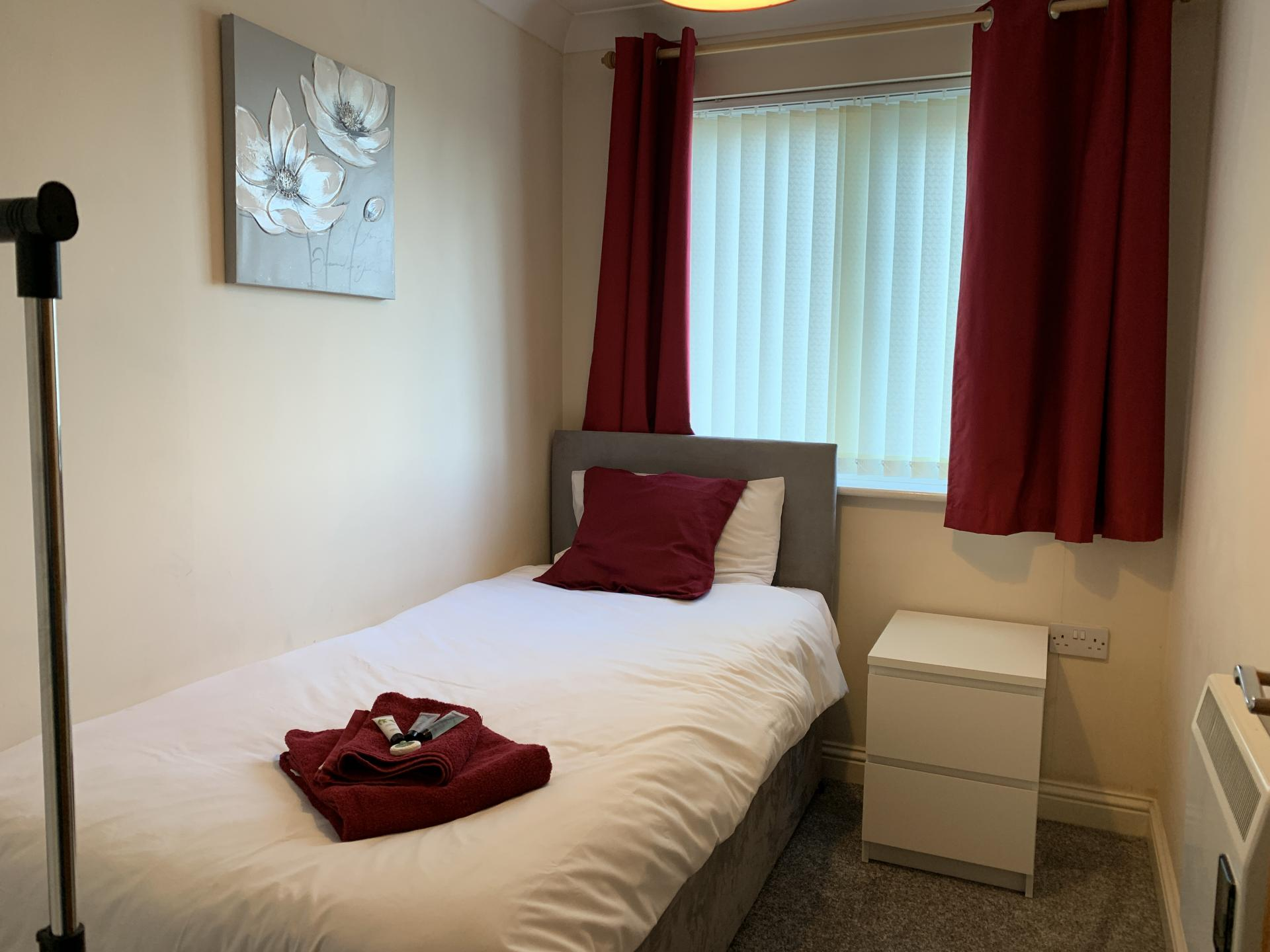 Bed in Peterhouse Close Apartments