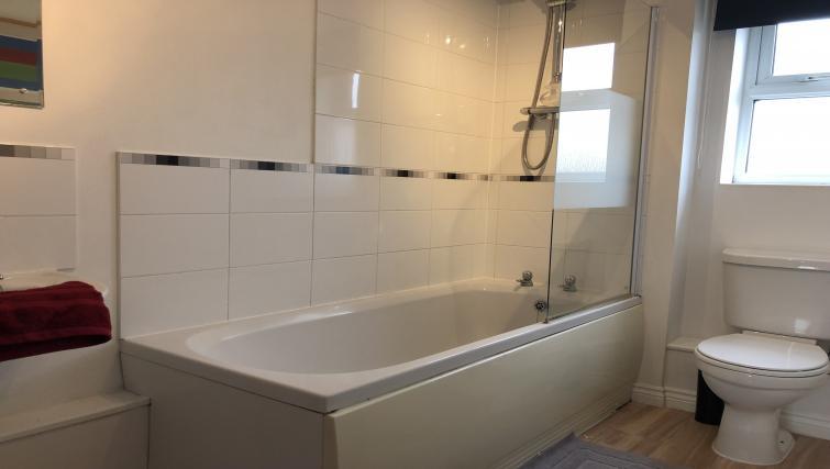 Bath at Barley Mews Apartments, Centre, Peterborough