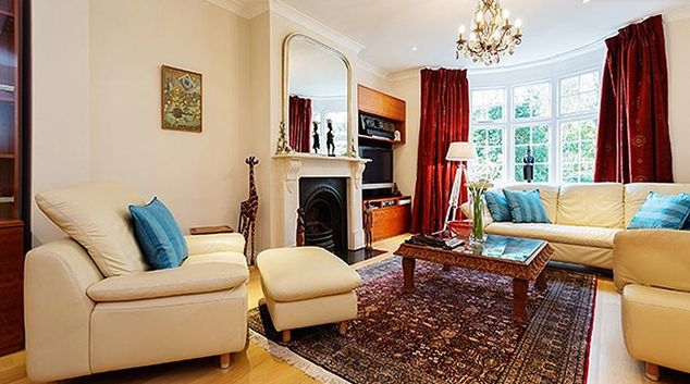 Living area at Holly Lodge House