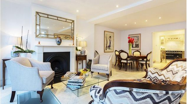 Open plan living/dining area at Perrins Lane Apartment
