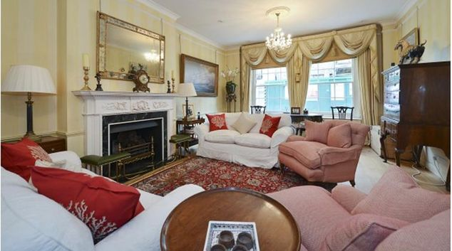 Living area at Ennismore Mews House