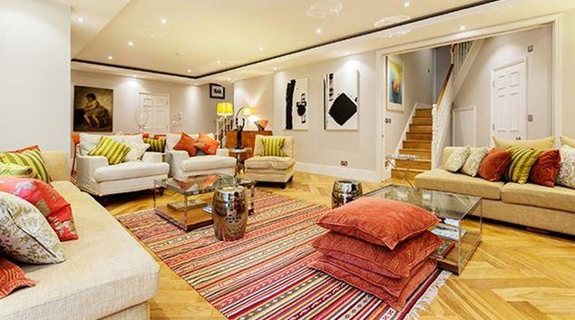 Living area at Kennington Road House