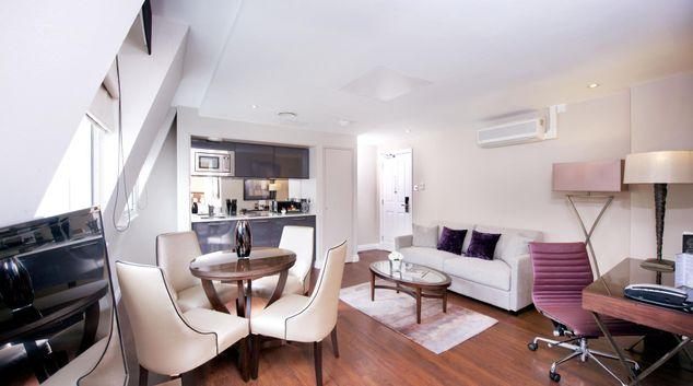 Living room at Fraser Suites Queens Gate