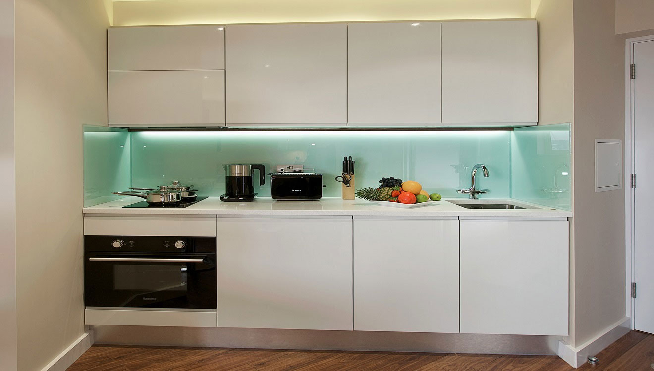 Kitchen facilities at Fraser Place Canary Wharf