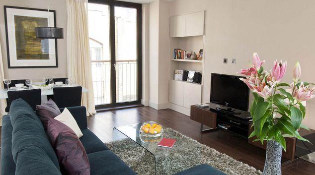 Living room at Fraser Residence Blackfriars