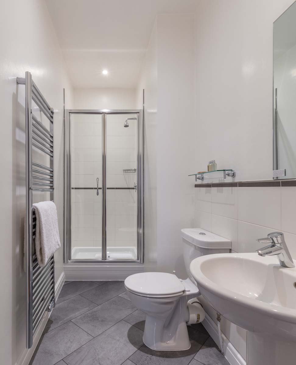 Bathroom at Saco Bath – St James's Parade