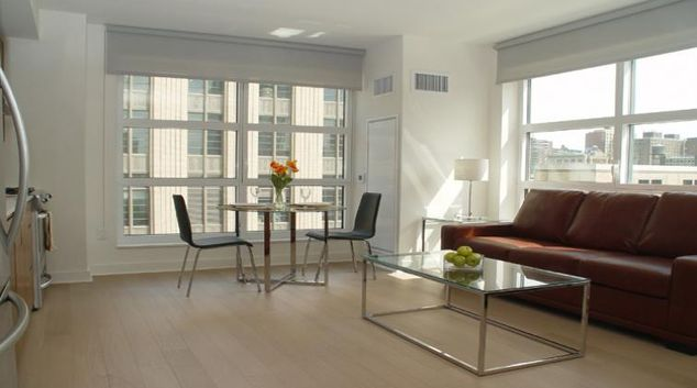 Living area at Abington Apartments