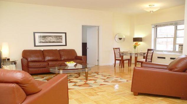 Living area at 30 Park Avenue Apartments