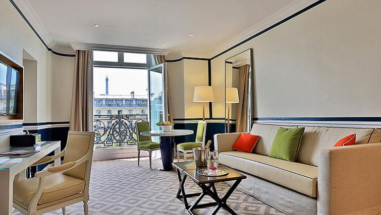 Stylish living area at Fraser Suites Le Claridge Champs-Elysees