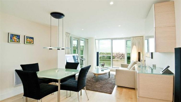 Living/dining area at Still Life Vauxhall
