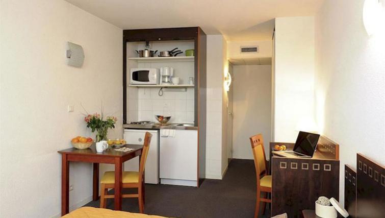 Kitchen at Adagio Access Toulouse Jolimont