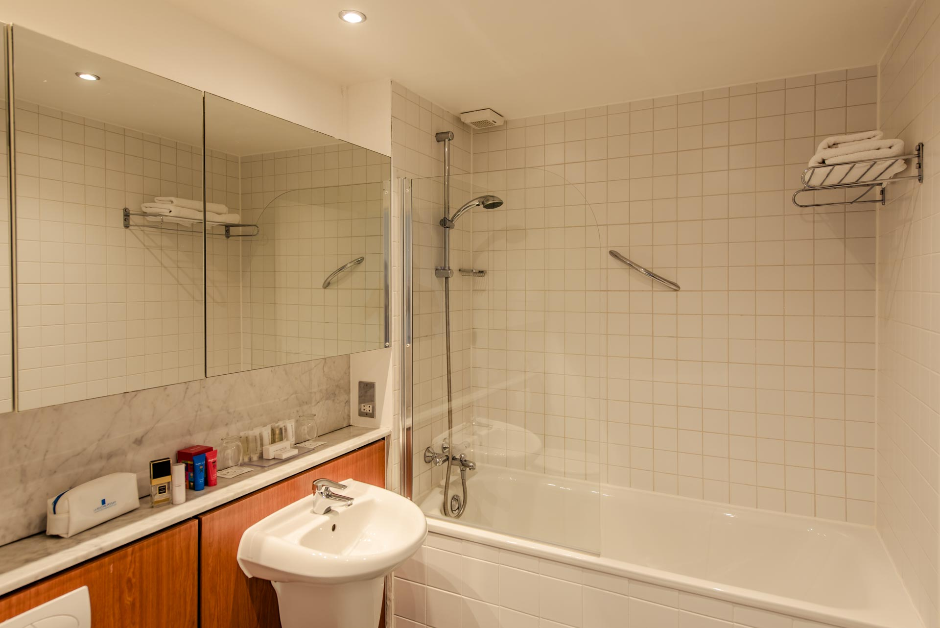 Bathroom at Premier Suites Dublin Sandyford, Sandyford, Dublin