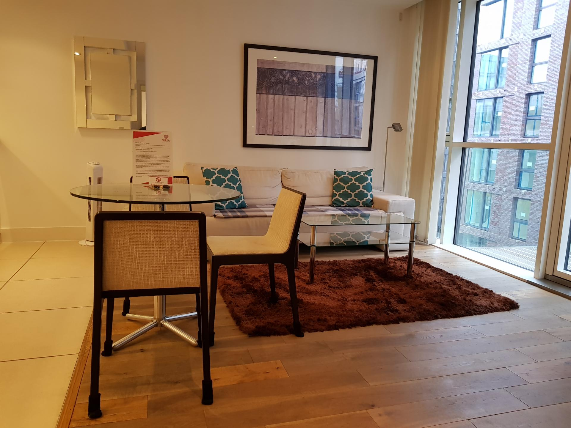 Dining table at Still Life Tower Hill Deluxe