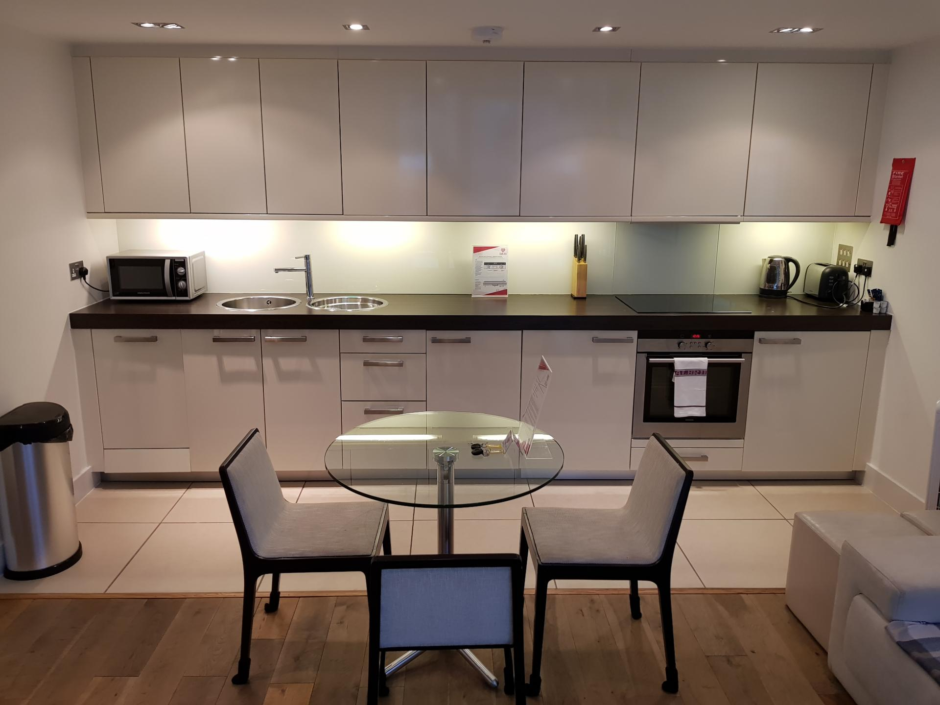 Kitchen facilitites at Still Life Tower Hill Deluxe