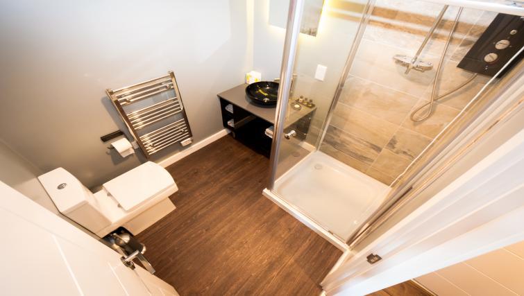 Shower at Fitzhamon Apartments