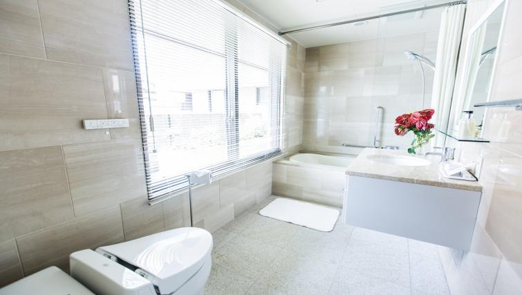 Modern bathroom at Somerset Shinagawa Apartments
