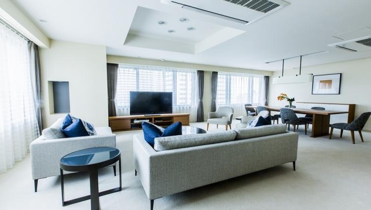 Stunning living area at Somerset Shinagawa Apartments