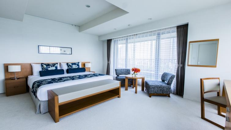 Spacious bedroom at Somerset Shinagawa Apartments