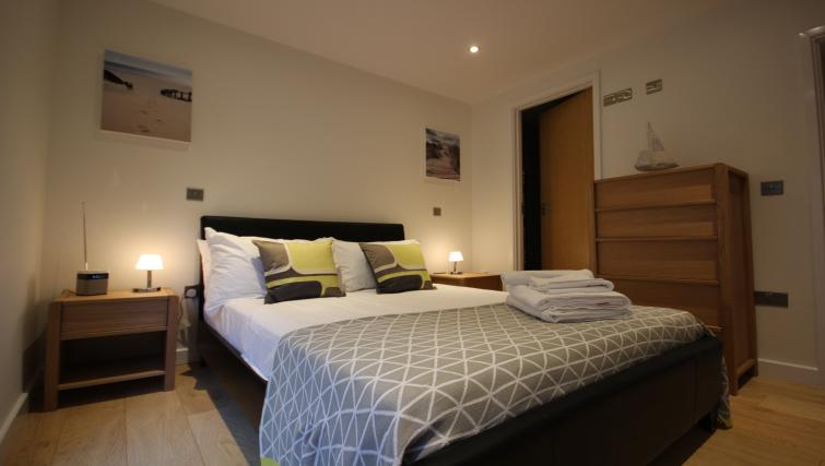 Bedroom at St Giles Court Apartments