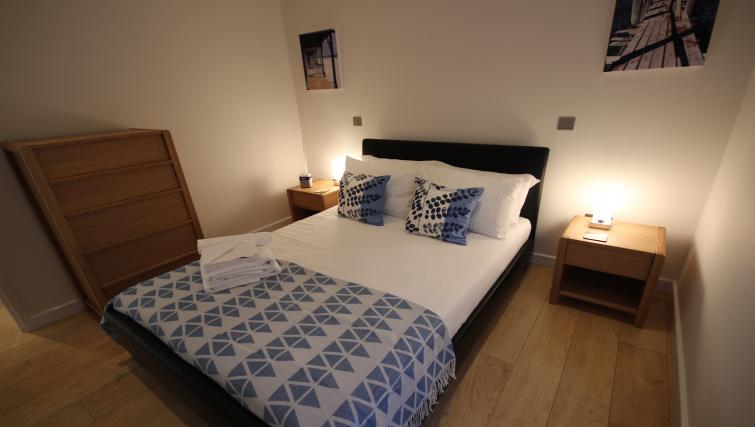 Bed at St Giles Court Apartments