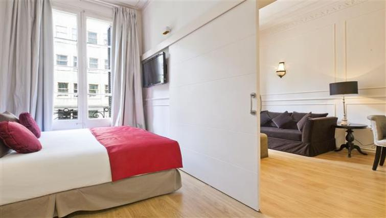 Bed at Pau Claris Apartments