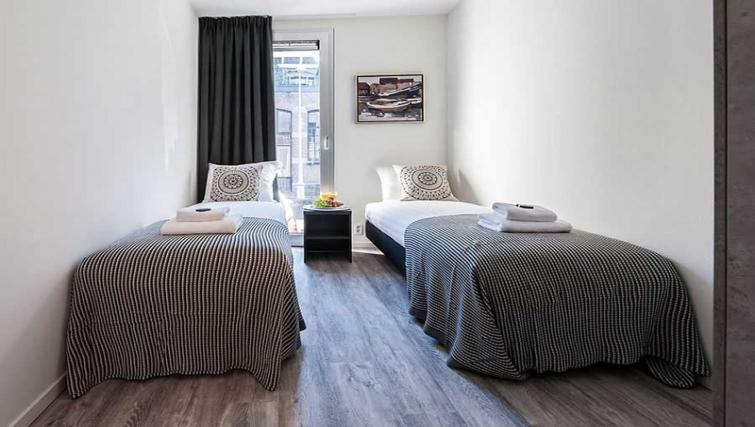 Twin bedroom at Yays Bickersgracht, Amsterdam