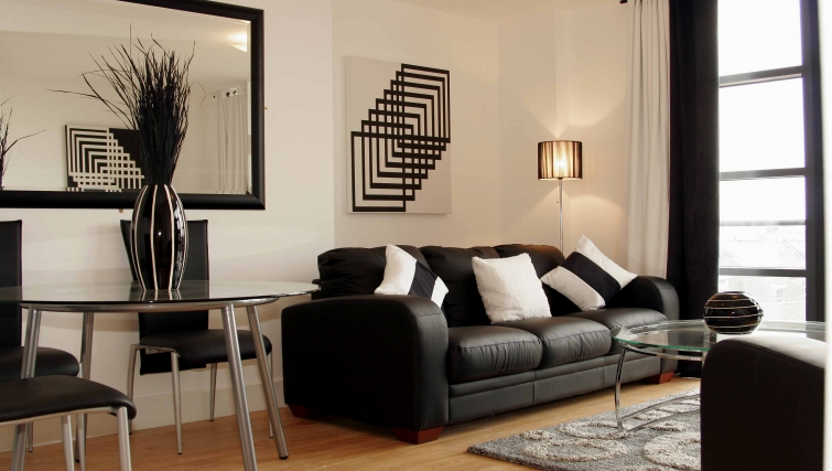 Stately living area in Friarsgate Apartments