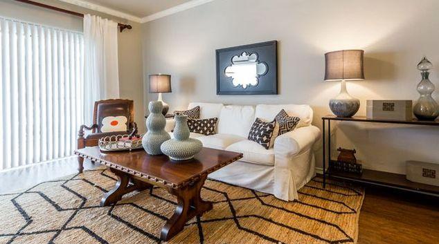 Living room at Marquis at Lantana