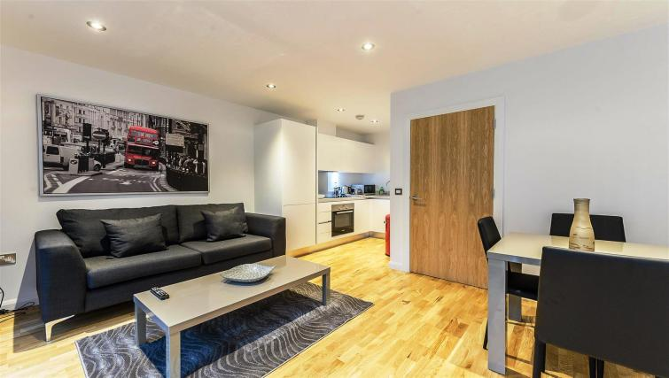 Living room at Flying Butler London Bridge Apartments
