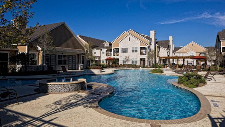 Pool at Marquis at Cinco Ranch Apartments