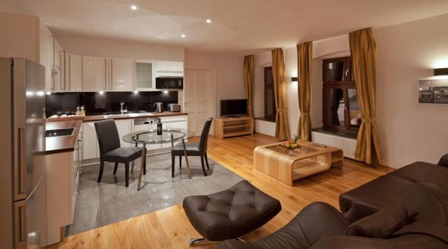 Living area in 1 bed at Luxoise Apartments