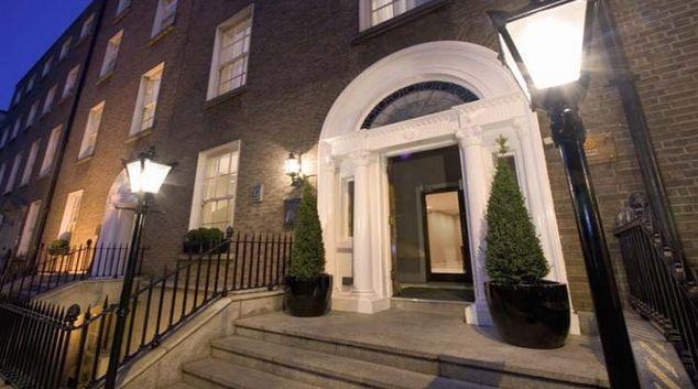 Outside of Premier Suites Plus Dublin Leeson Street