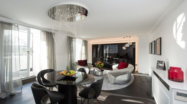 Living room at Signature Apartments