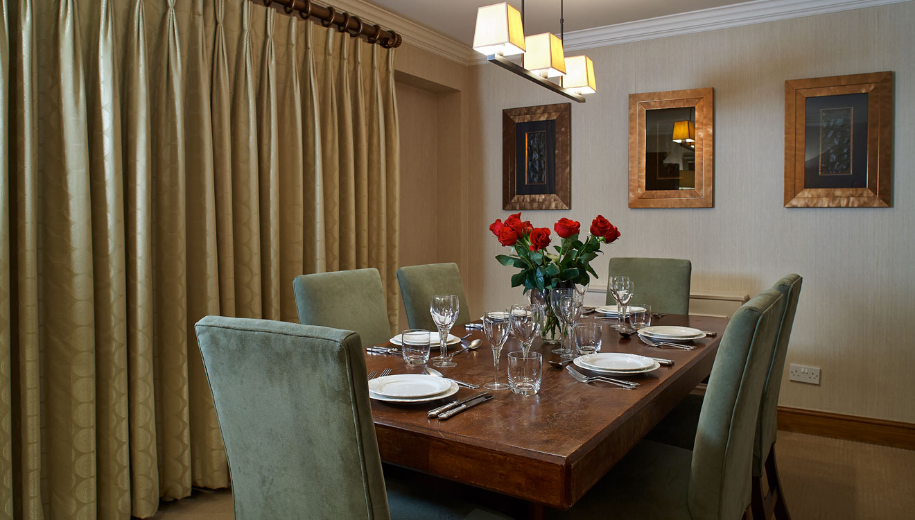 Dining area at 148 Cheval Brompton Road