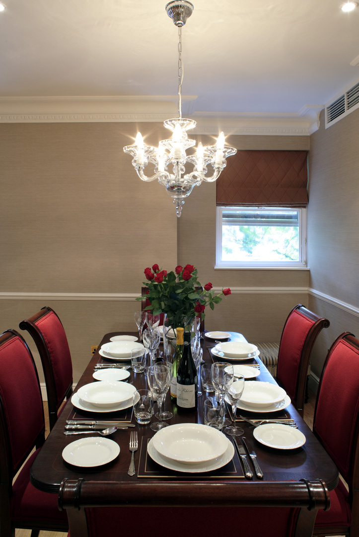 Dinner table at 148 Cheval Brompton Road, Knightsbridge, London