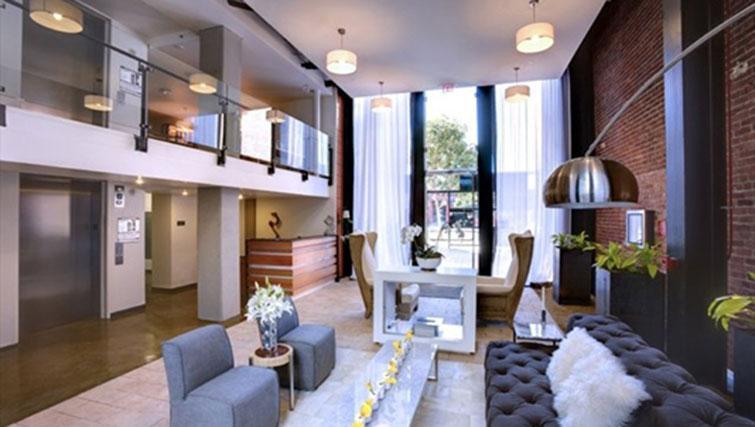 Communal area at Potrero Launch Apartment