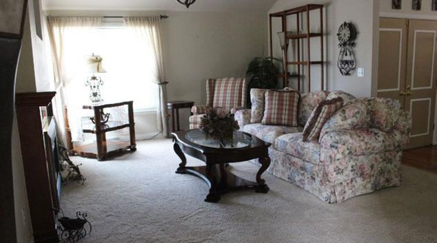 Living area at Willow Creek Apartment