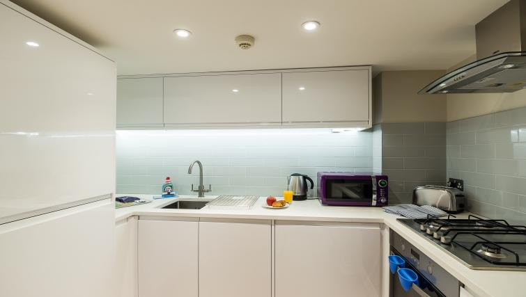 Kitchen at Flying Butler Vincent Square Apartments